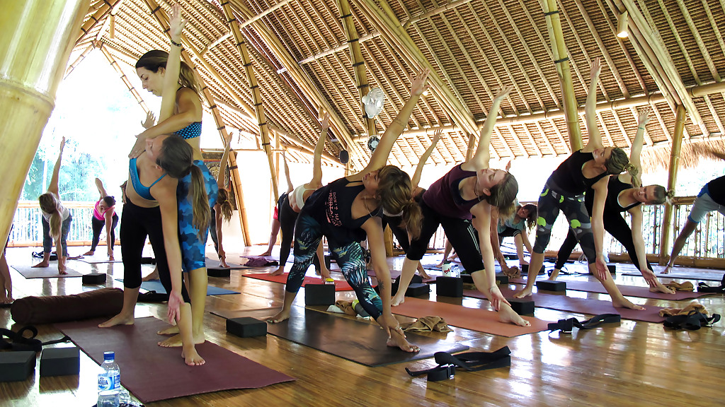 Bali yoga package boutique accommodation kilroy for Boutique accommodation bali